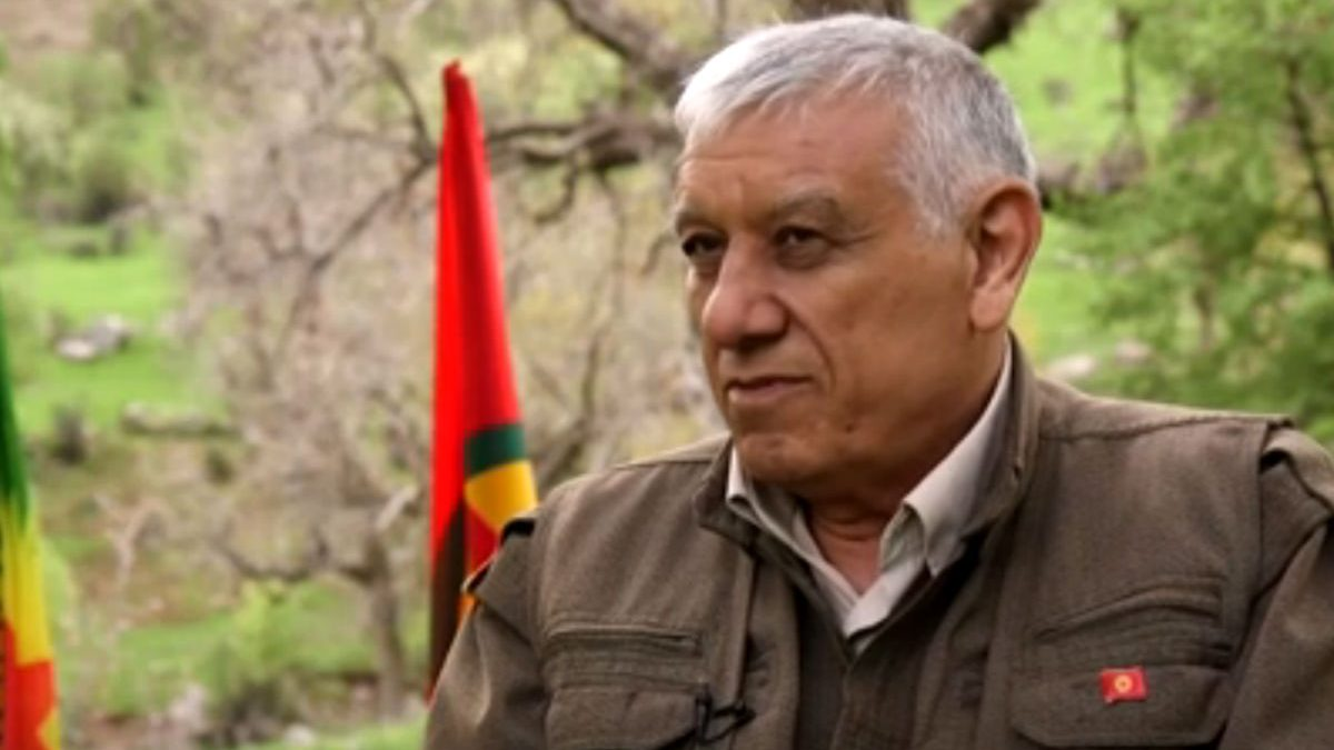 Imagen del líder del PKK, Cemil Bayik.