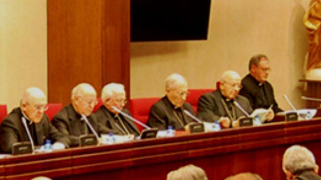 Ricardo Blázquez y otros obispos de la Conferencia Episcopal