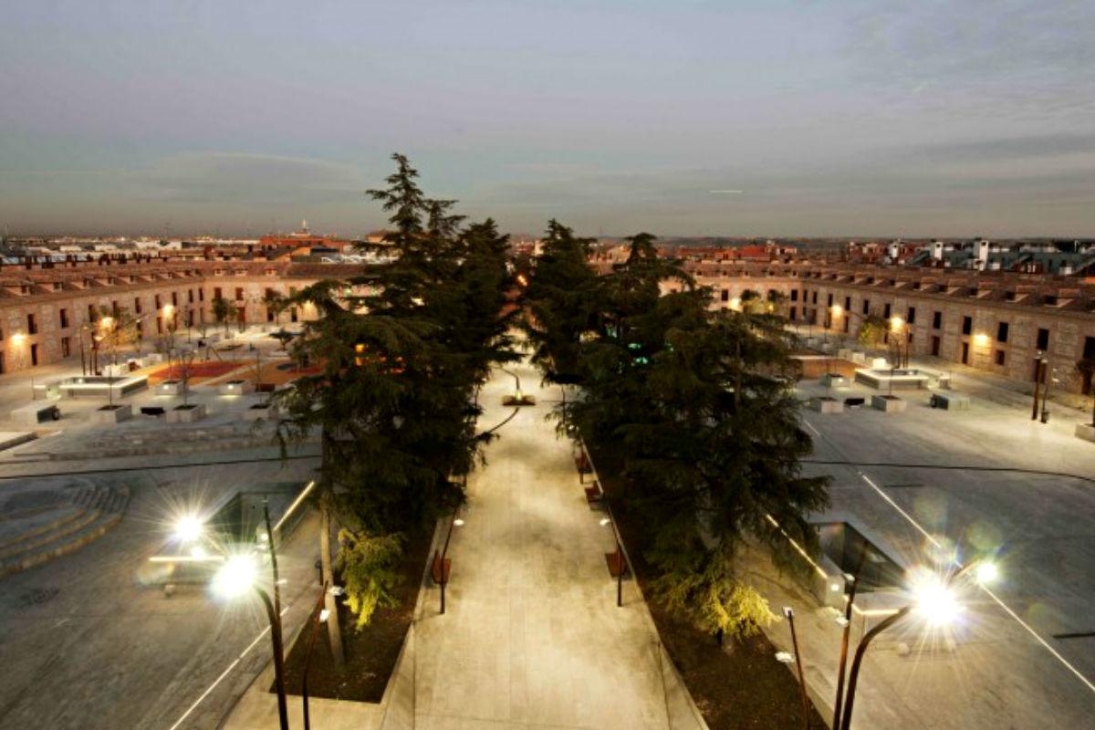Imagen de la plaza de san Fernando de Henares.