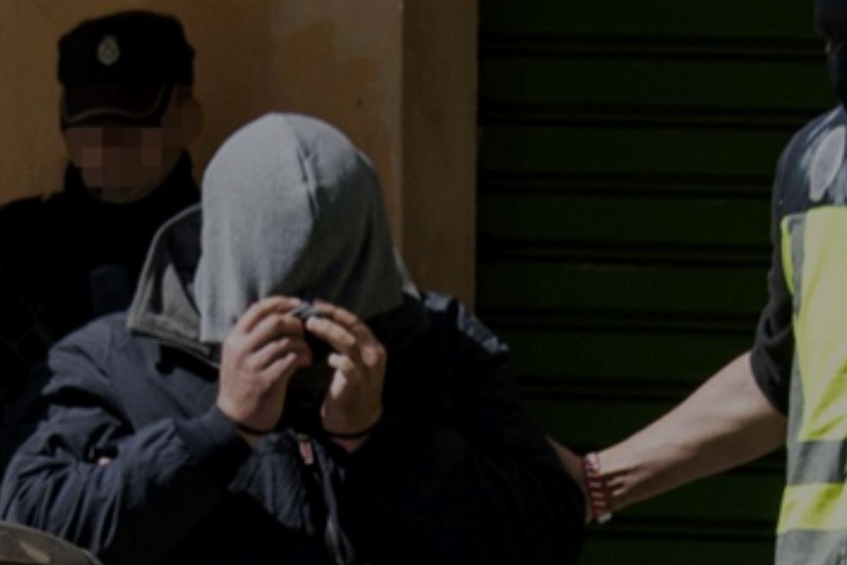 Imagen de la detención del yihadista en Palma de Mallorca. (Efe)