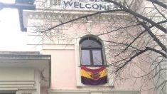 La bandera preconstitucional en un edificio del Ayuntamiento de Madrid. (Foto:EP)