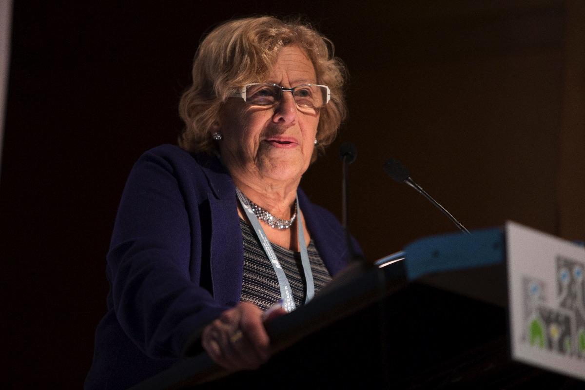 La exjueza Carmena impartiendo una conferencia. (Foto: Madrid)