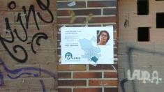 Uno de los carteles ilegales de Inés Sabanés.