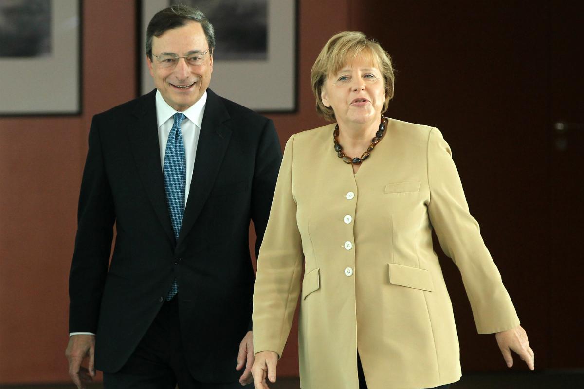 Mario Draghi y Angela Merkel (Foto: GETTY).
