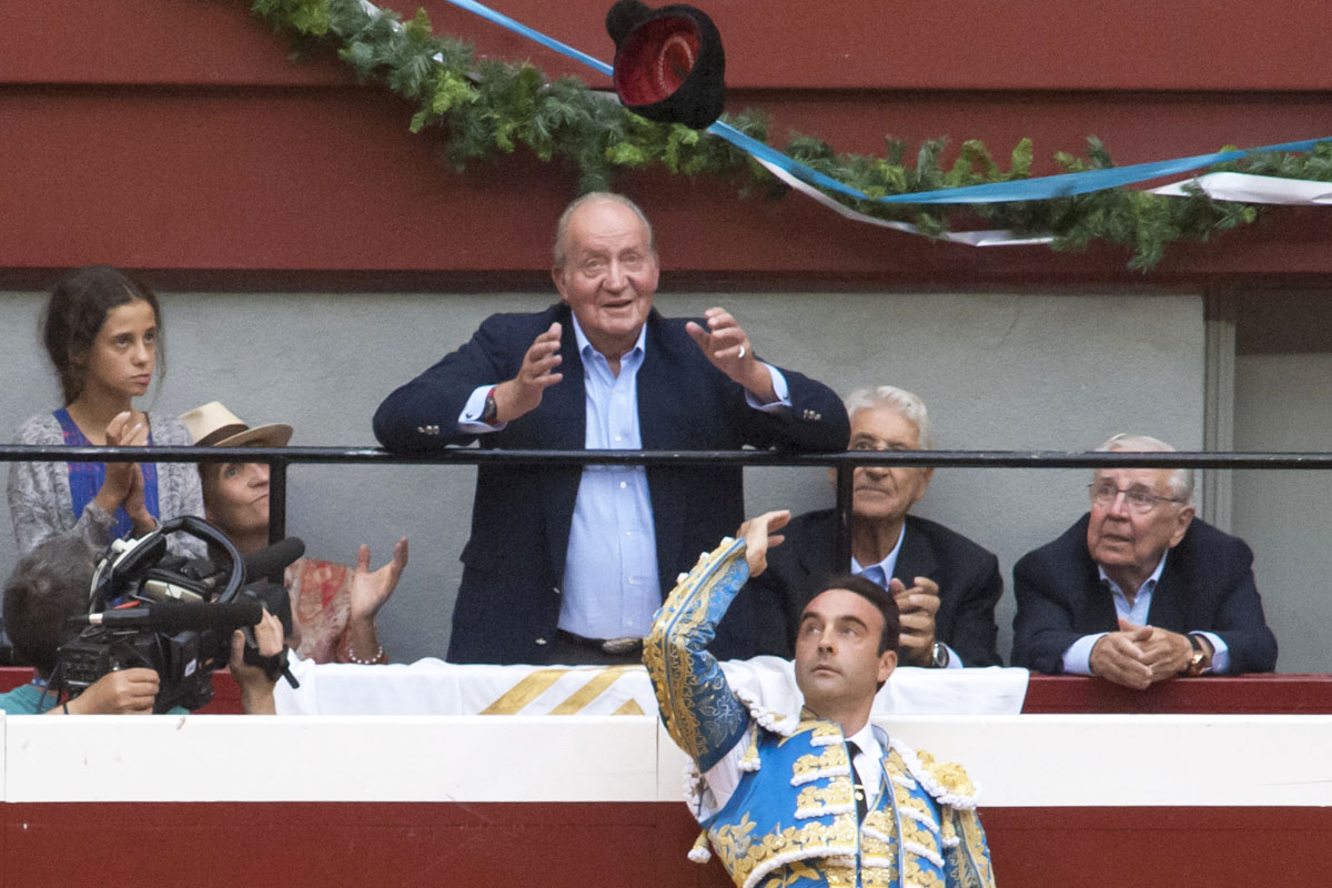 Enrique Ponce dedicó una faena al Rey en San Sebastián en agosto de 2015. (Foto: AFP)