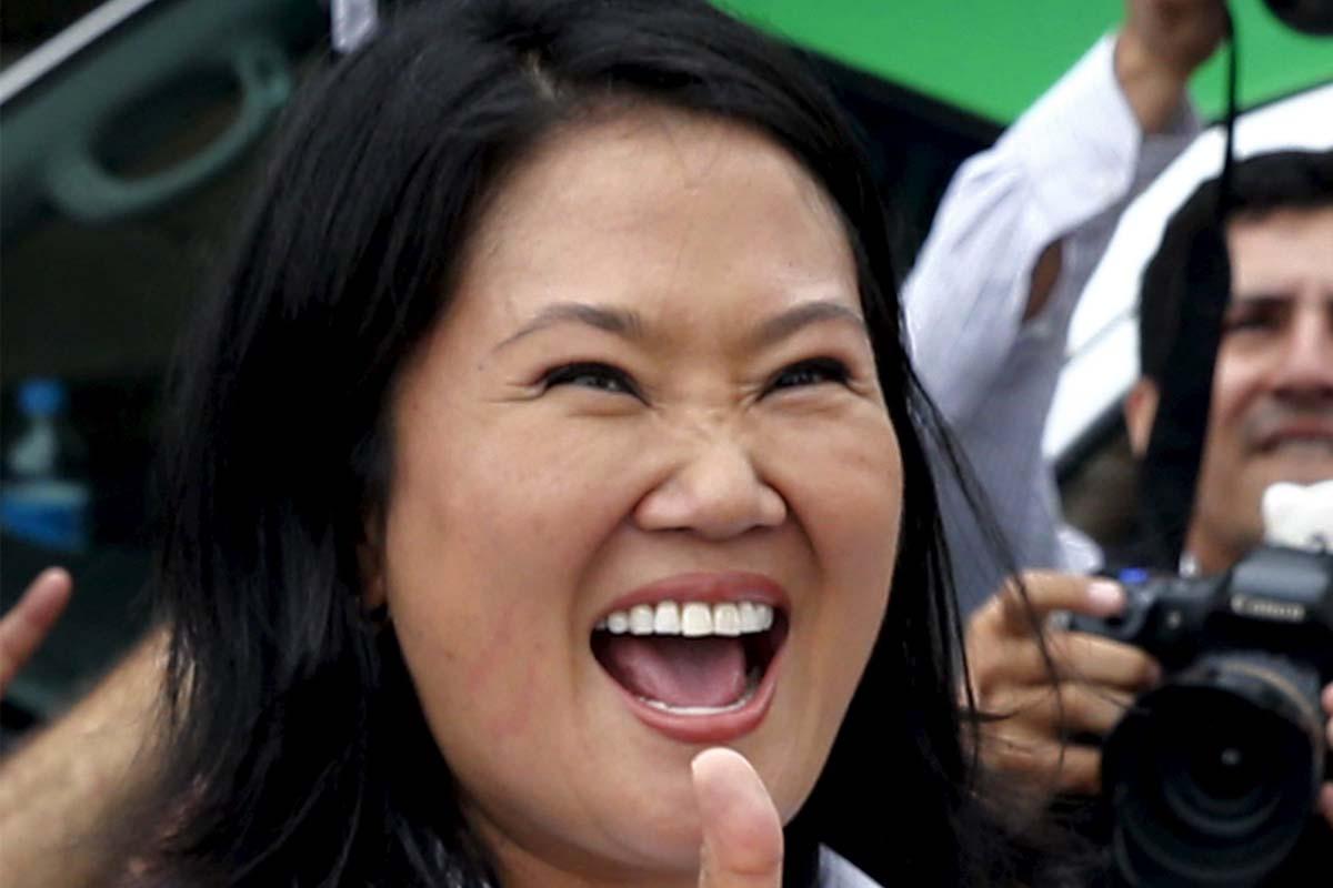 Keiko Fujimori celebra los primeros resultados (Foto: AFP)