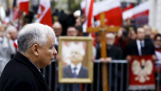 El líder en la sombra del Gobierno polaco alerta del «riesgo de contagio de las enfermedades sociales» de la UE