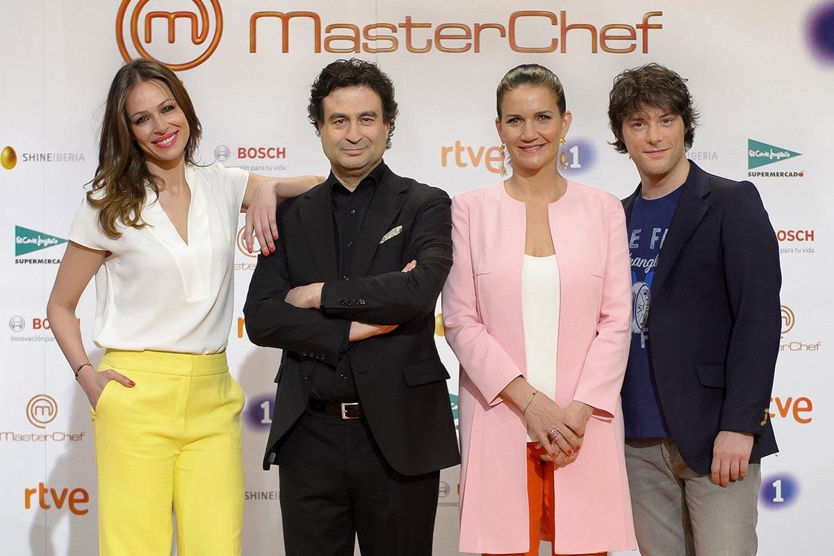 Los presentadores del programa MasterChef. (Foto: EFE)