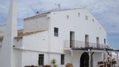 Patronos de la Fundación Rubió ofrecieron en 2001 su sede, Mongofre Nou (Mahón), para que Aznar disfrutara sus primeras vacaciones en Menorca (Foto: M.A.R.)