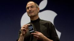 Steve Jobs durante la presentación del primer iPhone (Foto: GETTY).