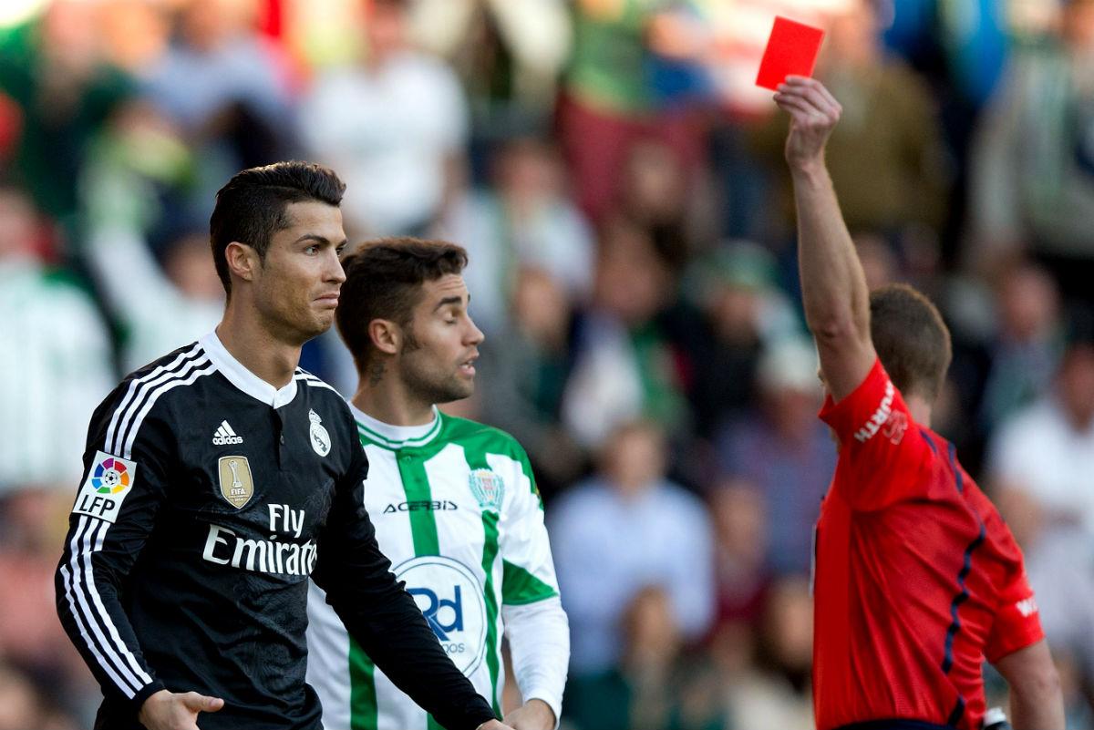 Hernández Hernández ya expulsó a Cristiano. (Getty)