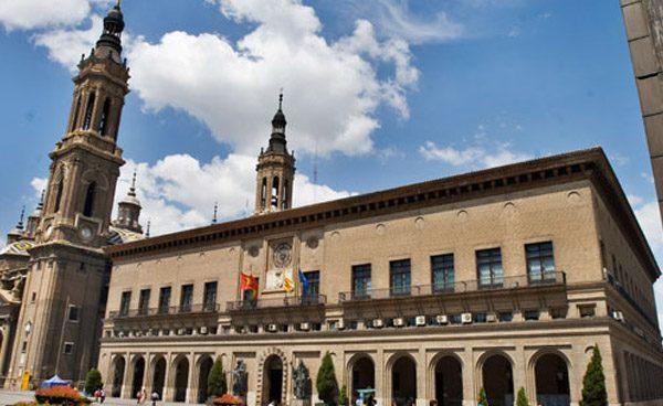 El Ayuntamiento de Zaragoza cesa al imputado Luis García Mercadal