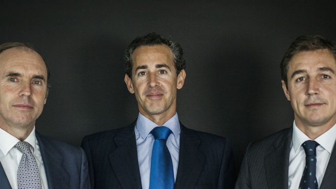 Beltrán Parages, Álvaro Guzmán y Fernando Bernad (Foto: AZVALOR).