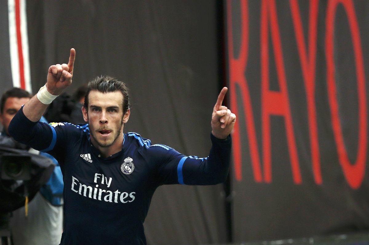 Bale celebra el 2-3 del Madrid en Vallecas. (Reuters)