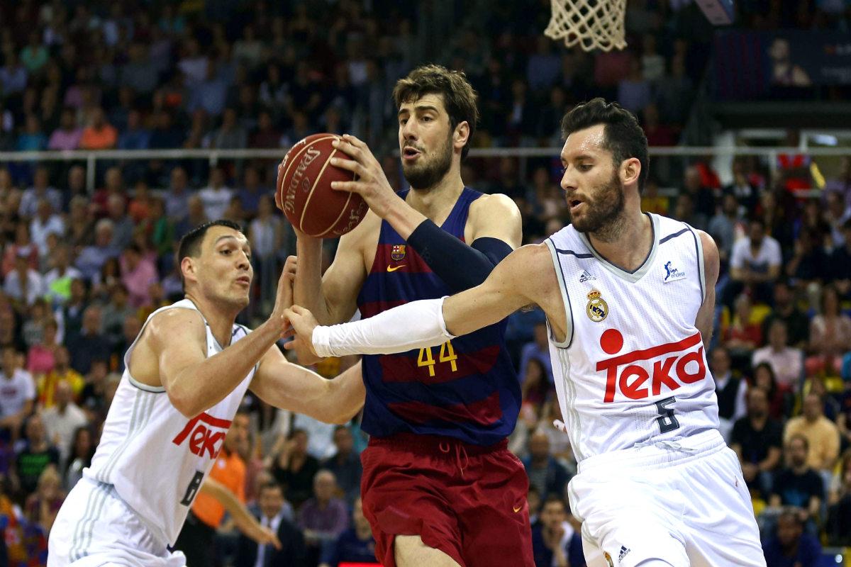 El Real Madrid ganó en el Palau por 86-91. (EFE)