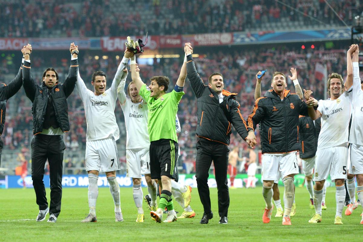 Los jugadores del Real Madrid celebran el 0-4 en el Allianz. (AFP)