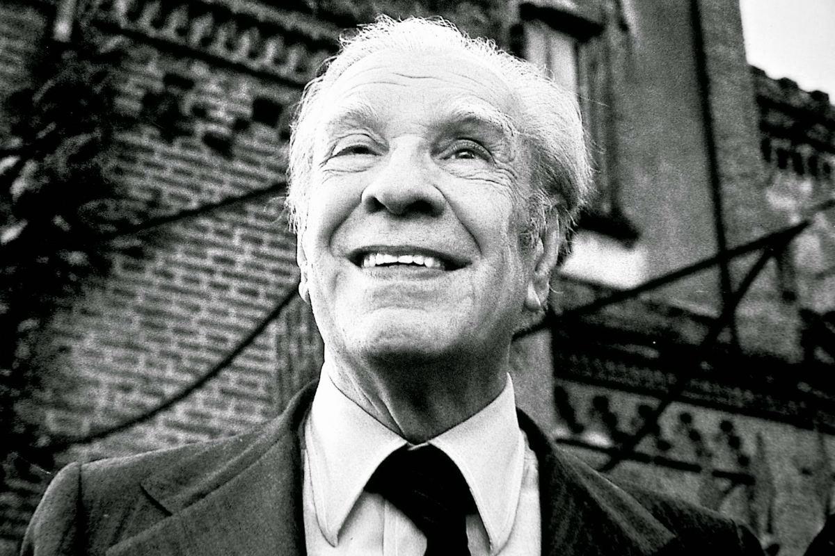 El autor argentino Jorge Luis Borges estuvo nominado al premio Nobel de la Literatura durante casi 30 años, pero sus posturas políticas le impidieron ganarlo.