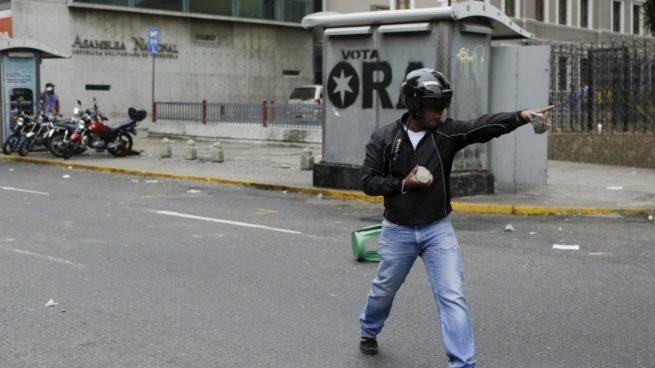 caracas-enfrentamientos-chavismo