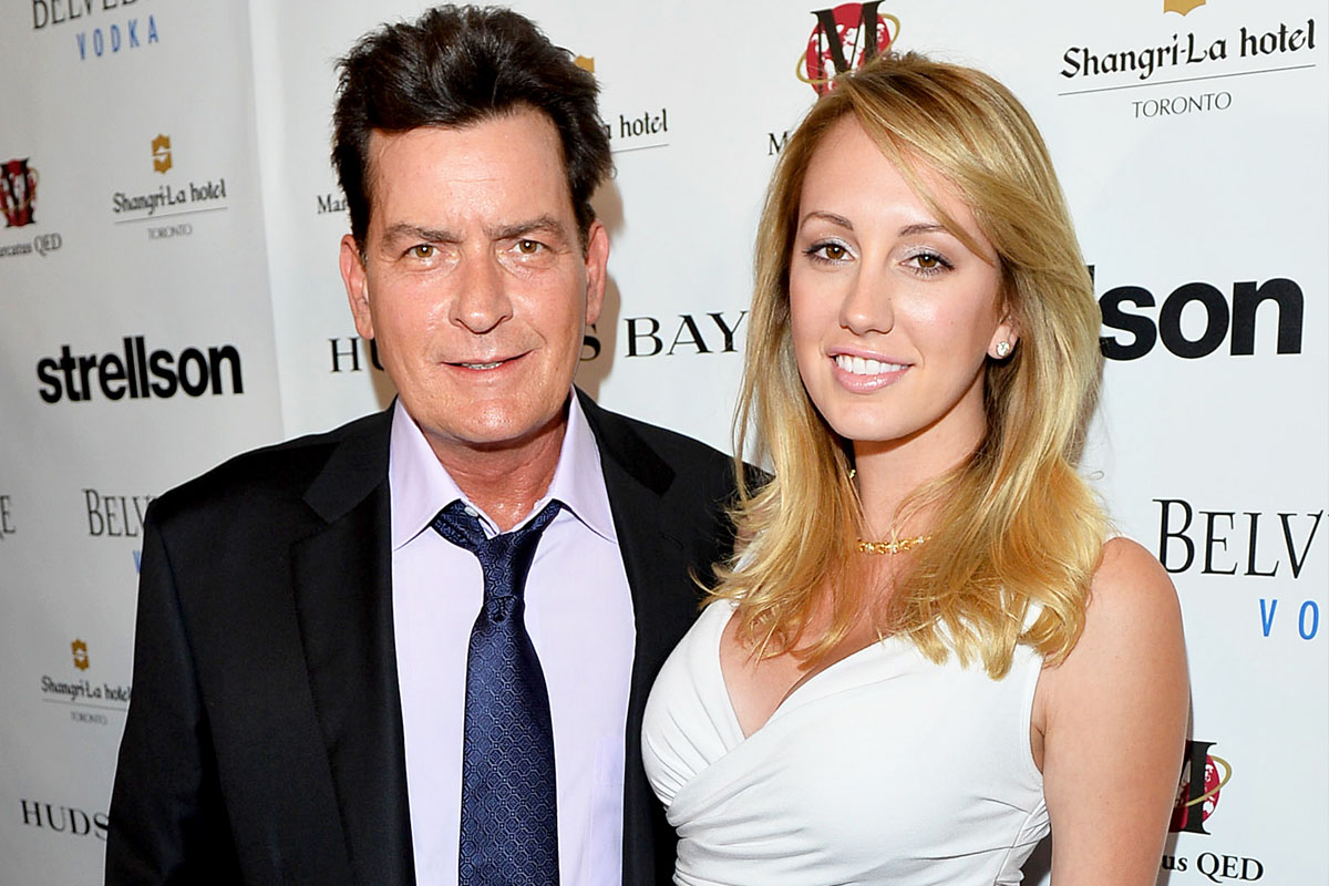 Charlie Sheen y Scottine Ross.
