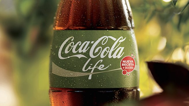 Botella de Coca-Cola Life.