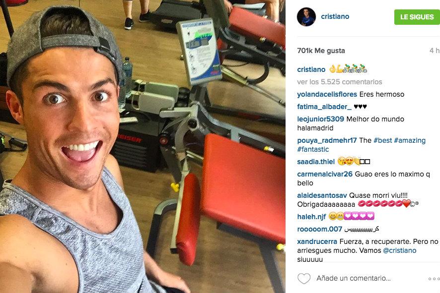 Selfie de Cristiano Ronaldo en su bicicleta estática. (Instagram)