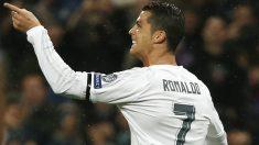Cristiano celebra uno de sus goles ante el Wolfsburgo. (Reuters)