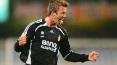 Beckham celebra un gol en Anoeta en la temporada 2006/07. (AFP)