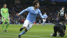 Silva celebra un gol con el City en la Champions. (AFP)