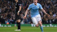 De Bruyne celebra el gol que clasificó al City. (AFP)