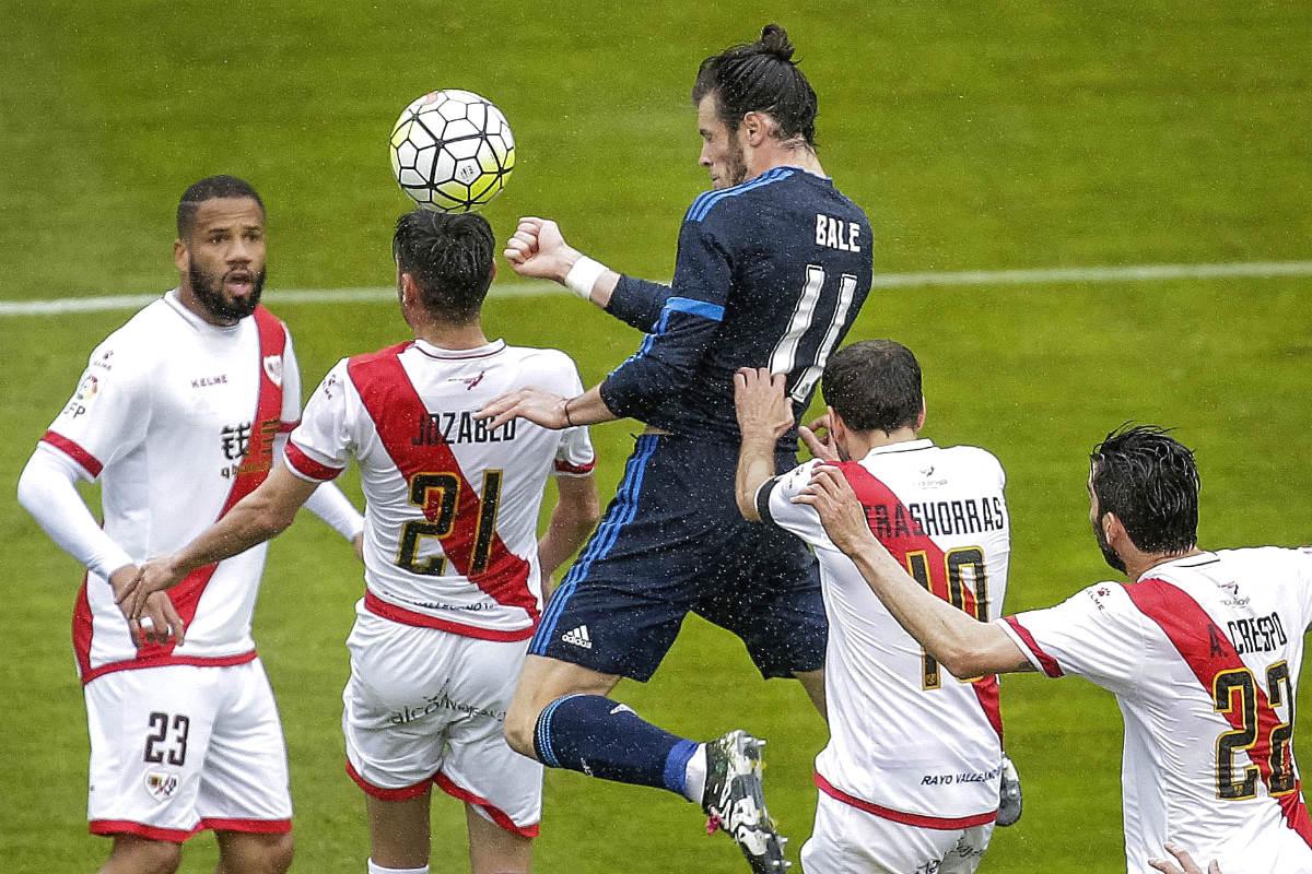 Bale marca el 2-1 para el Real Madrid en Vallecas. (Reuters)