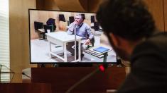 Granados declarando desde la cárcel de Estremera preguntado por César Zafra. (Foto: EFE)