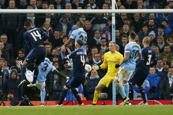 Hart evitó varios goles del Real Madrid. (Reuters)