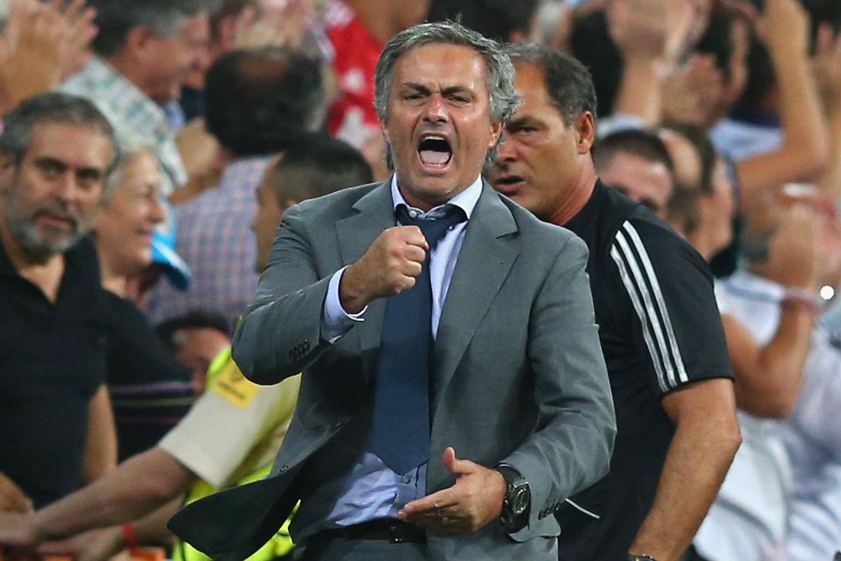 Mourinho, en su etapa con entrenador del Real Madrid. (Getty)