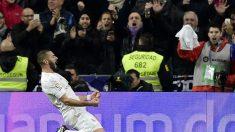 Karim Benzema celebra el primer gol contra el Villarreal. (AFP)