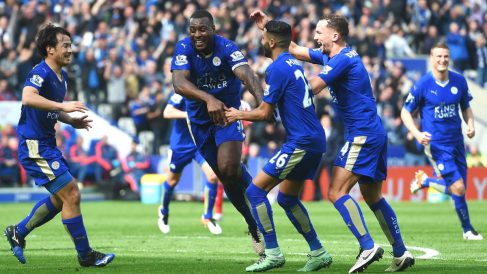 Los jugadores del Leicester celebran el gol ante el Southampton. (Getty)