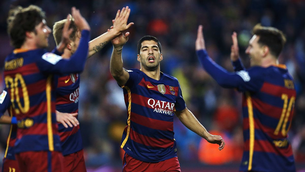 Los jugadores del Barcelona celebran el 1-0. (EFE)