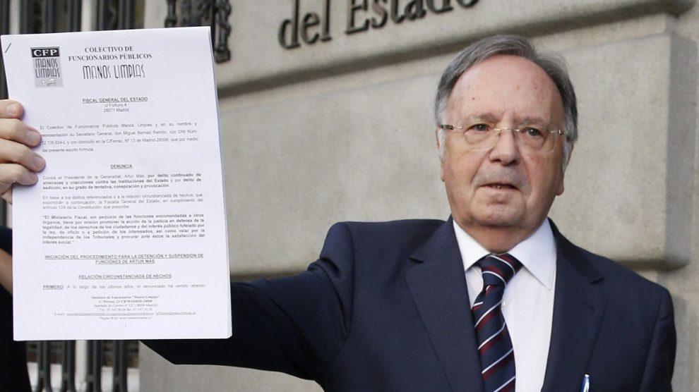 El secretario general de Manos Limpias, Miguel Bernad. (Foto: EFE)