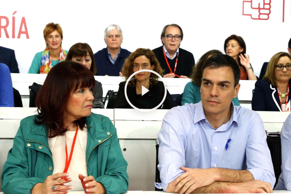 Micaela Navarro y Pedro Sánchez en el Comité Federal del PSOE (Foto: Efe).