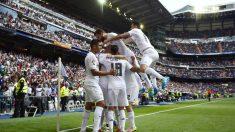 Los jugadores del Real Madrid celebran un gol ante el Eibar. (AFP)