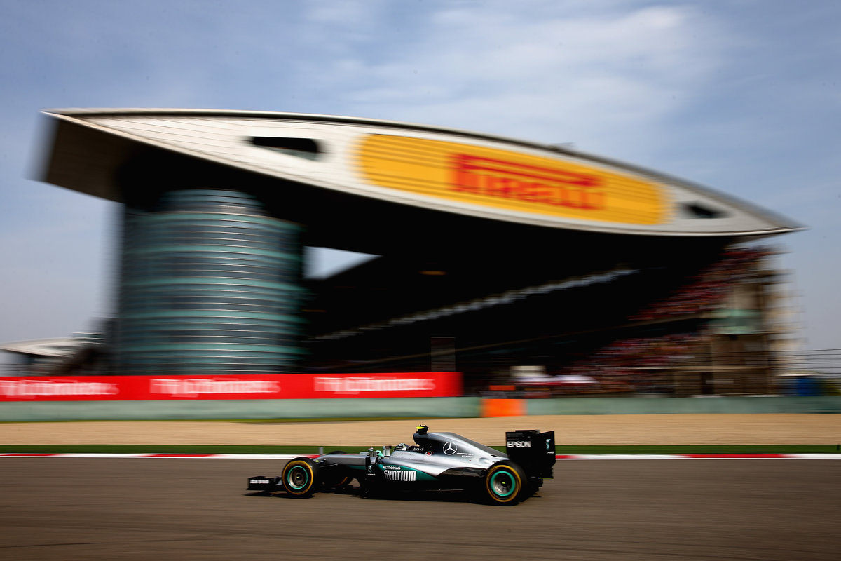 Nico Rosberg con su Mercedes en el GP de China (Getty)