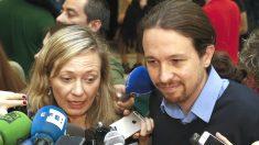 La actual delegada del Gobierno contra la Violencia de Género, Victoria Rosell, junto al vicepresidente Pablo Iglesias (Foto: EFE).