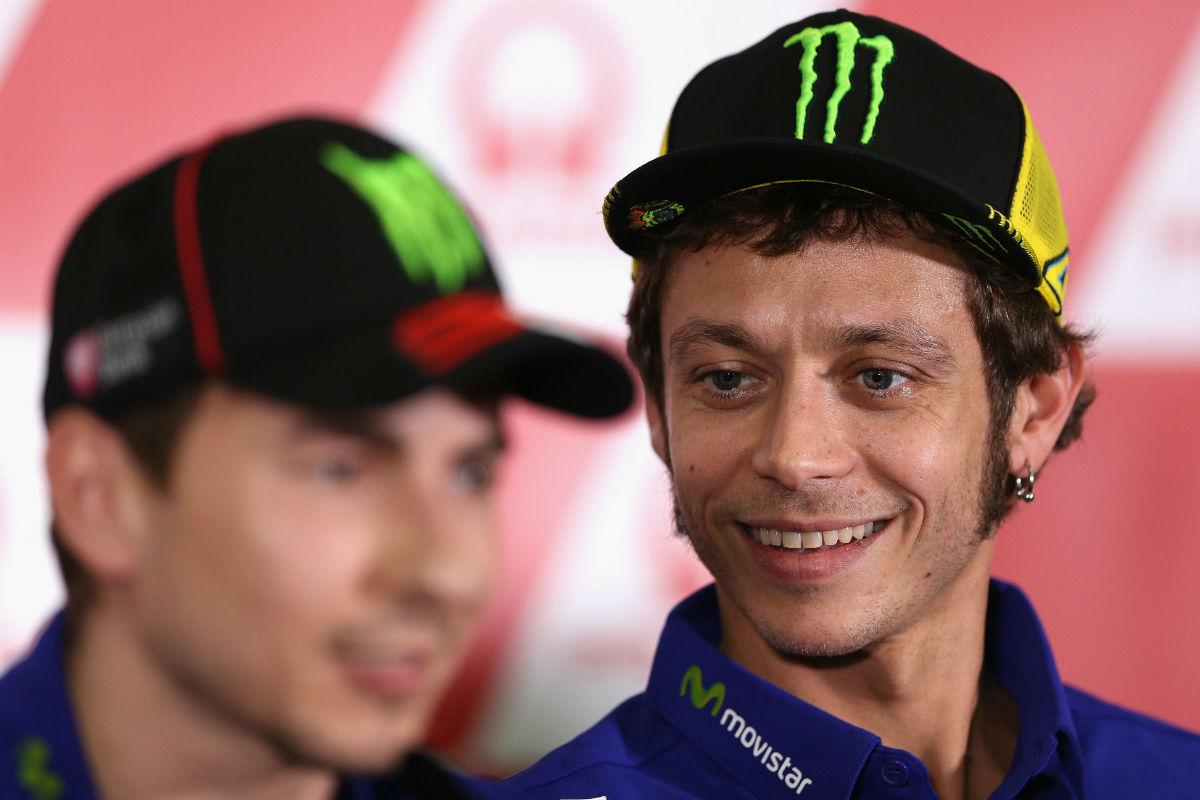 Valentino Rossi y Jorge Lorenzo, en una rueda de prensa. (Getty)