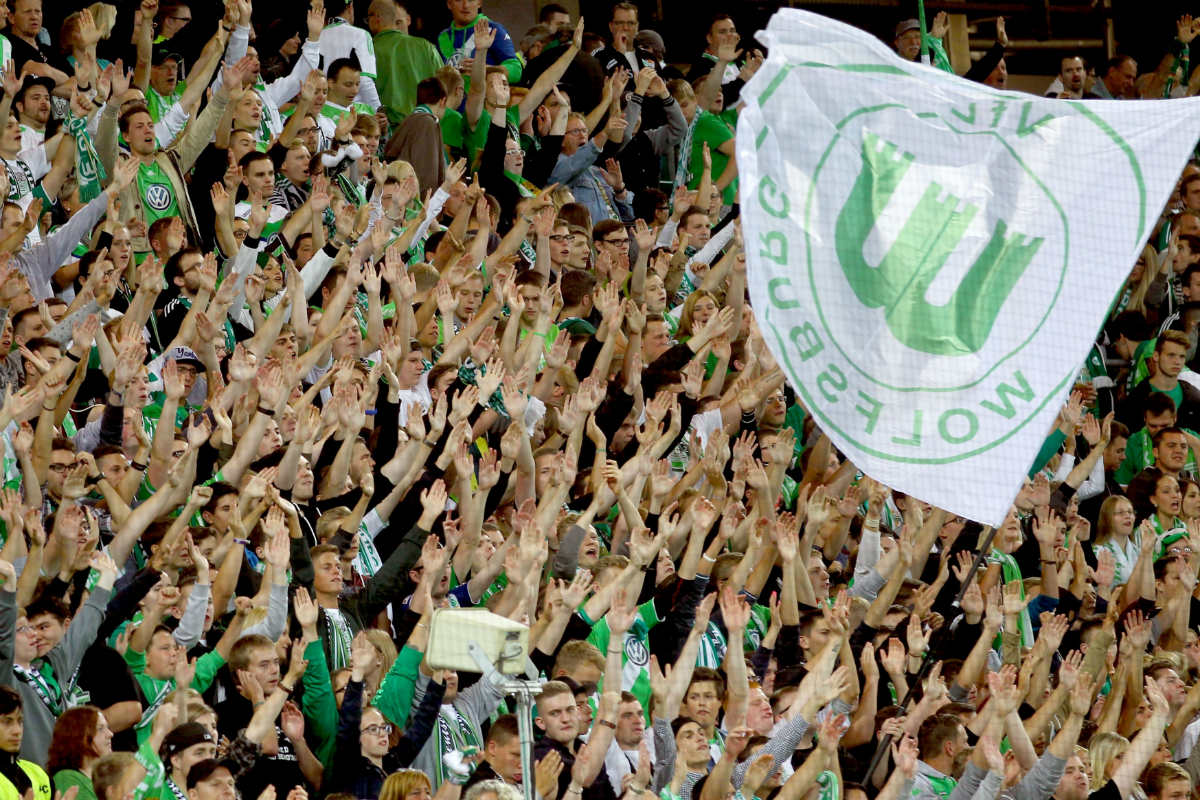 Imagen de la afición del Wolfsburgo. (Getty)