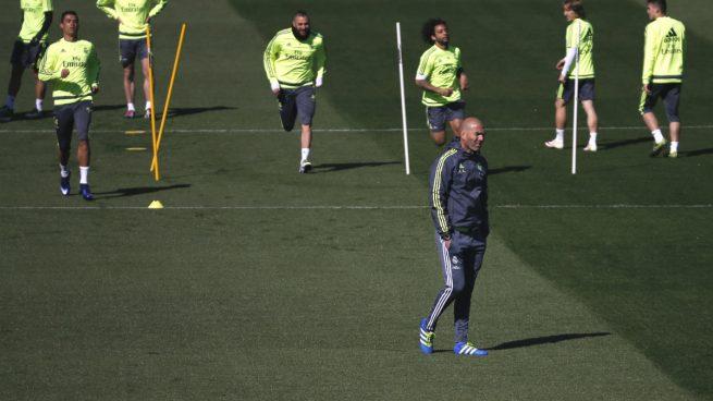 zinedine-zidane-entrenamiento-valdebebas