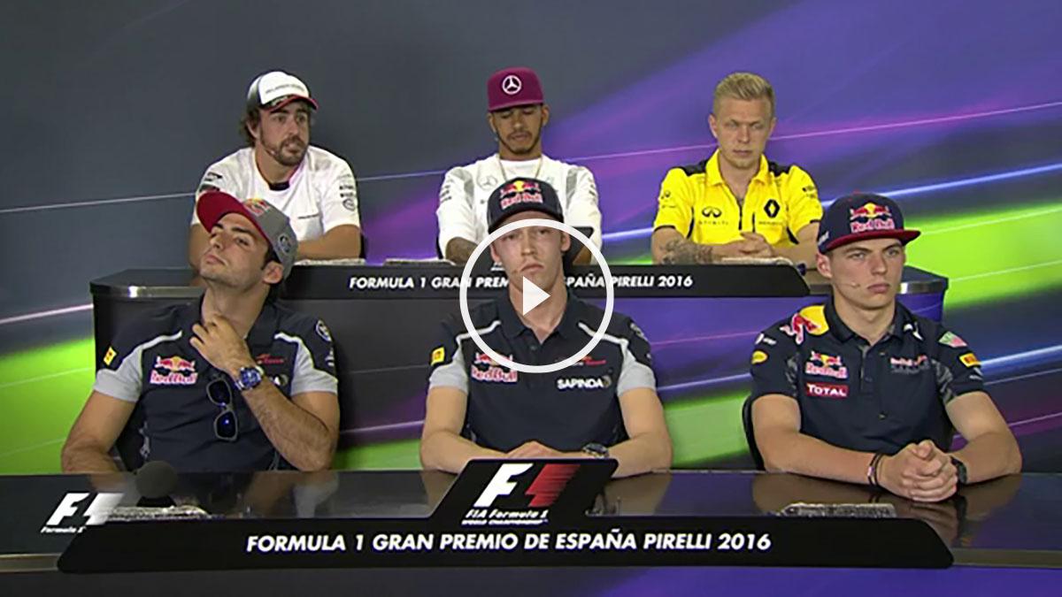 Fernando Alonso bromeó con el cambio de pilotos entre Red Bull y Toro Rosso.