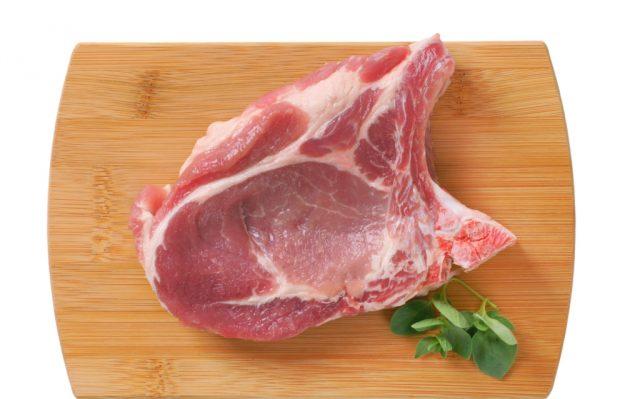Receta de costillas de cerdo con boniato y aceitunas