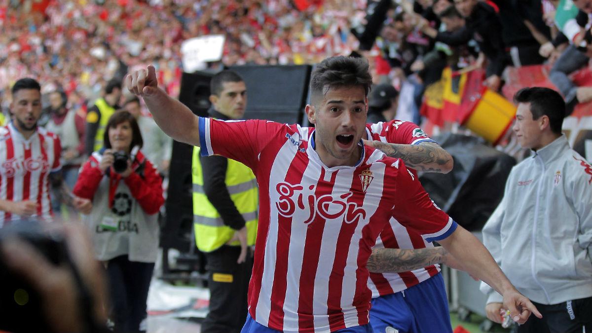 Jony celebra el primer tanto del Sporting ante el Villarreal. (EFE)
