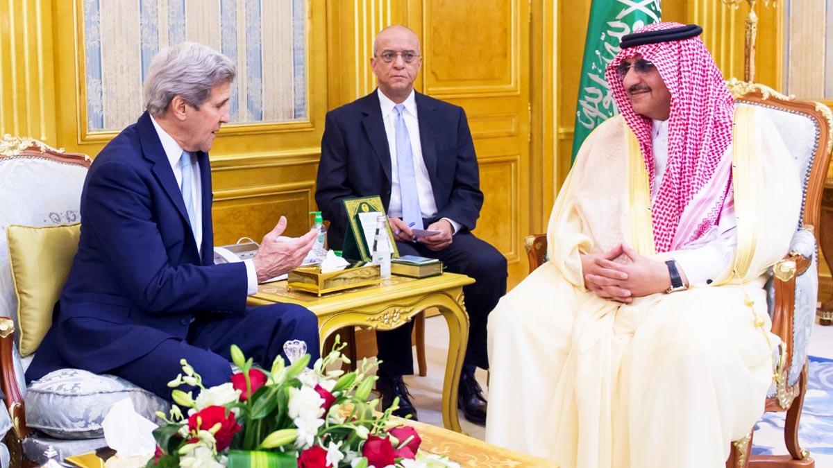 John Kerry con el rey de Arabia Saudí (Foto: Reuters)