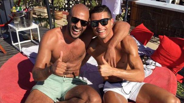 Cristiano Ronaldo y su amigo boxeador, ahora con problemas con la justicia.