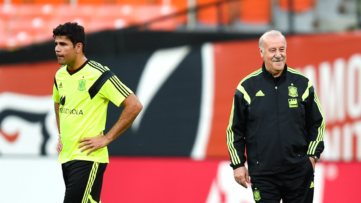 Del Bosque, en un entrenamiento con Diego Costa. (Getty)